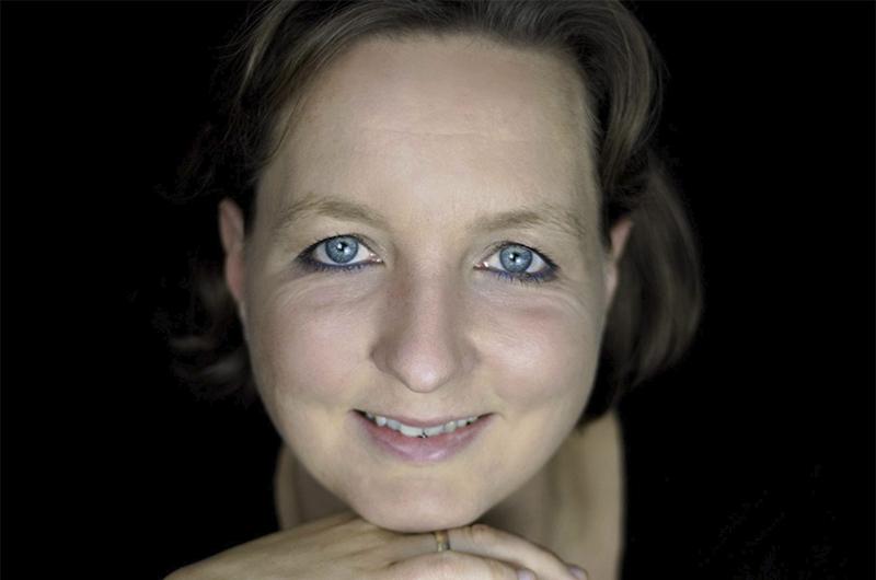 Angela Hansel
