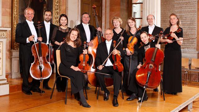 lebendige_antike_und-Goettinger-Kammerorchester-e-V-_Gruppenbild_3